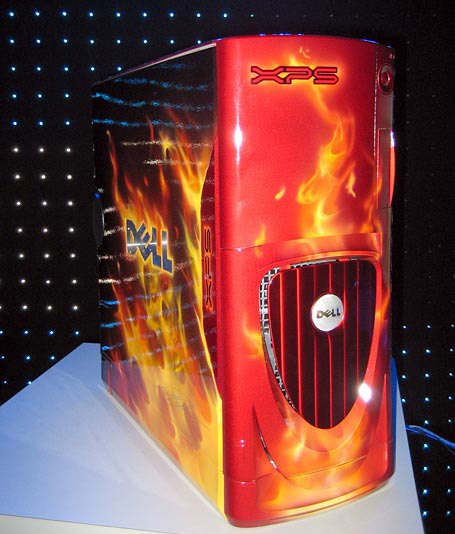 Dell's new Gaming System Showcased at CES.
