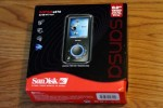 Unboxing The Sansa e270: She's a looker!