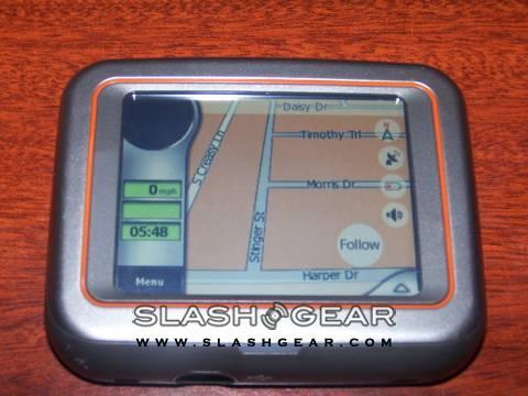 SlashGear Review – Mio DigiWalker C220