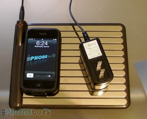 WildCharge iPhone and iPod Touch wireless charger reviewed