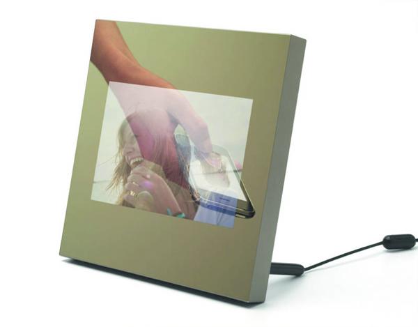 Parrot Specchio WiFi Photo Frame sports NFC