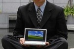 ASUS confirm touchscreen Eee PCs, Windows 7 in 2009