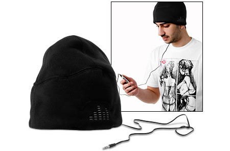 iLogic Sound Hat makes listening to music in the winter easy