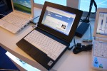 NEC LaVie Light netbook hands-on: No, still ugly