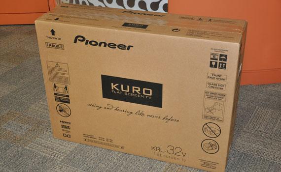 Pioneer Kuro KRL-32V HDTV unboxed