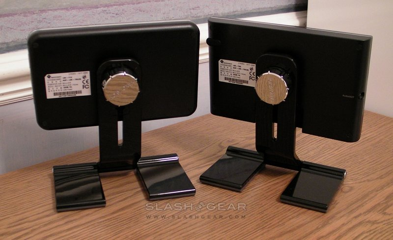 Nanovision MIMO UM-710 & UM-730 USB displays: Video Unboxing