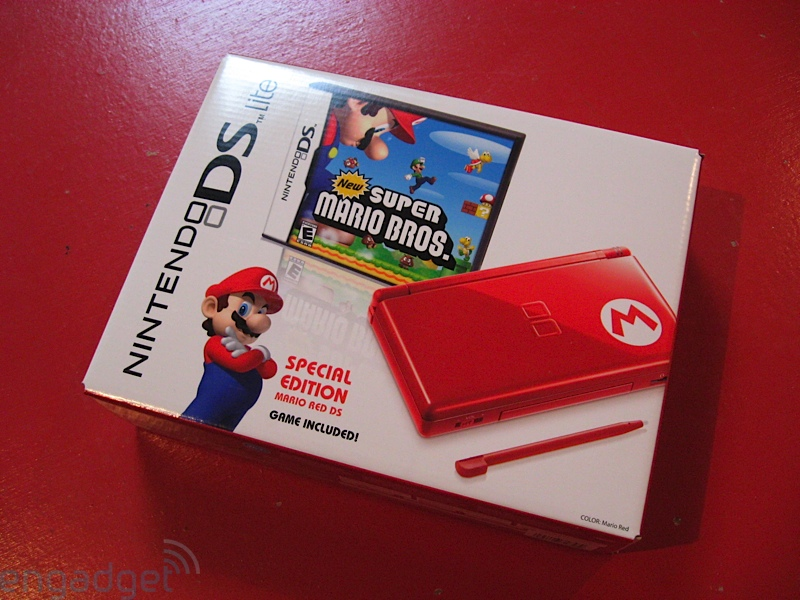 nintendo_ds_lite_new_super_mario_bros_bundle_unboxing_3
