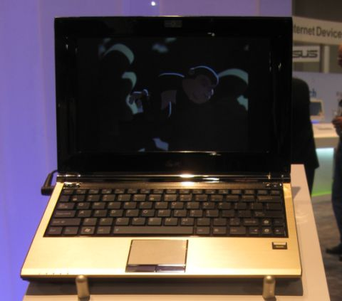 ASUS Eee PC E1004DN with DVD burner landing April?