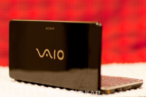 Sony VAIO P 1.86GHz Atom Z540 video unboxing