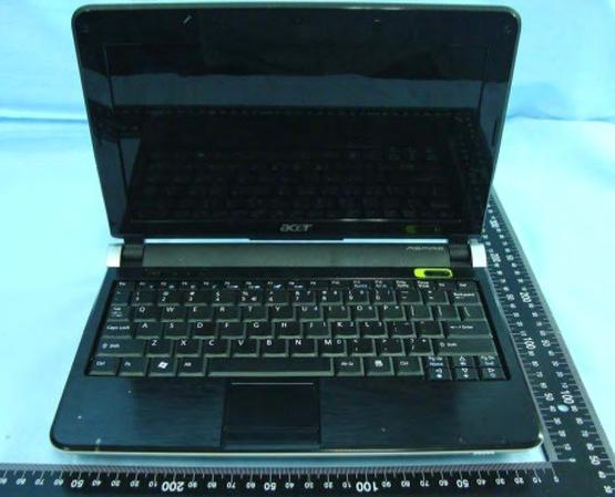 10-inch Acer Aspire One D150 clears FCC