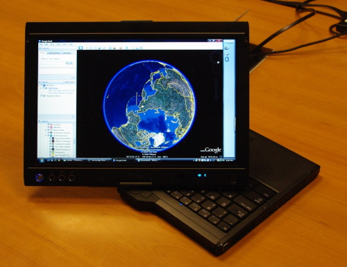 Dell Latitude XT2 gets hands-on: capacitive screen 'smooth as butter'