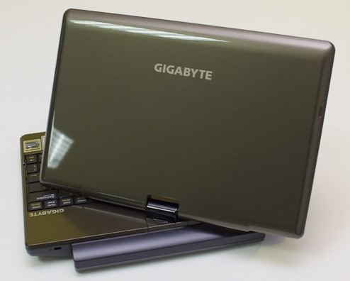 Gigabyte T1028 reviewed: better touchscreen, decent battery