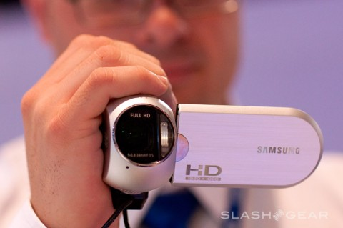 Samsung HMX-R10 Full-HD camcorder ships May 15th
