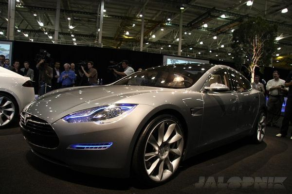 Tesla Model S Sedan official: $49,900 from 2011
