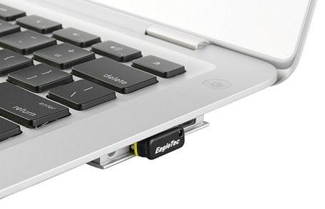 EagleTec USB Nano Flash Drive: tiny portable storage
