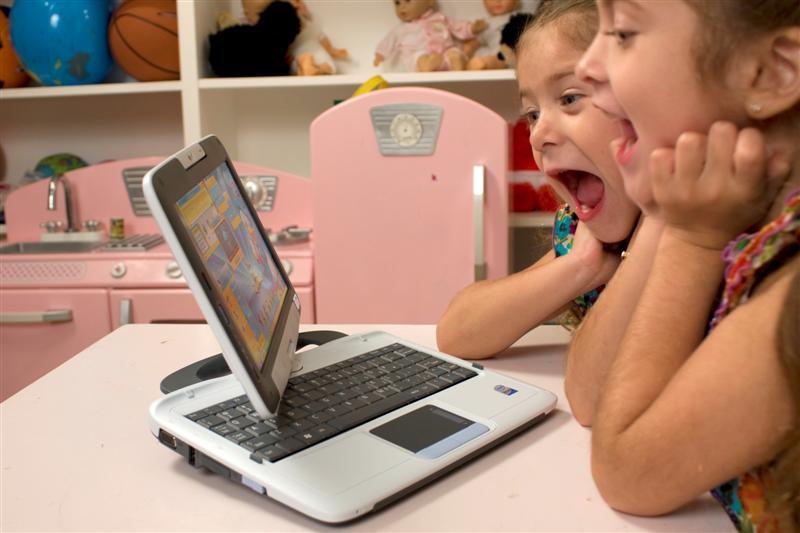 PeeWee Pivot Tablet Laptop announced