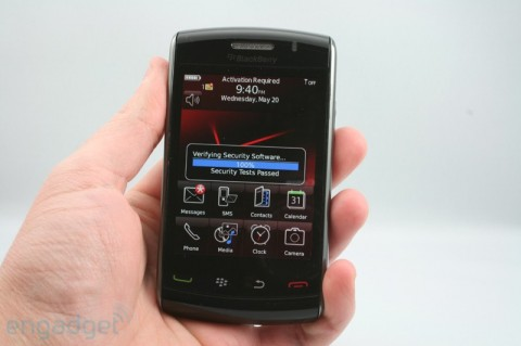 "BlackBerry Storm 2 (aka 9550) detailed; AT&T Storm 2 ""relatively soon"""