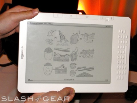 kindle-dx-hands-on-02-wm