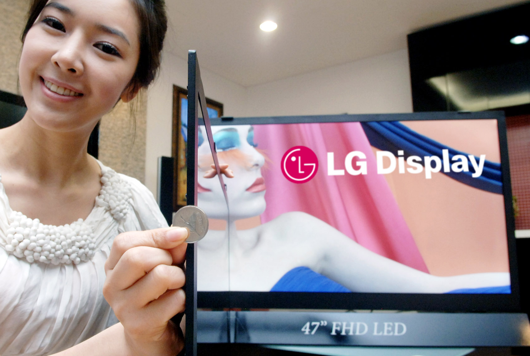 LG 5.9mm-thick 42- and 47-inch LCD HDTV panels