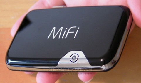 Novatel MiFi adds Eye-Fi, Cloud backup and VPN apps