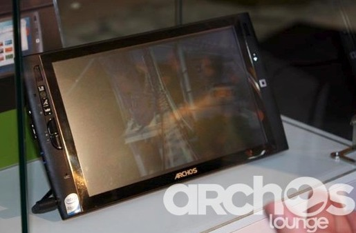 Archos 9 UMPC video demo; Android PMP coming September