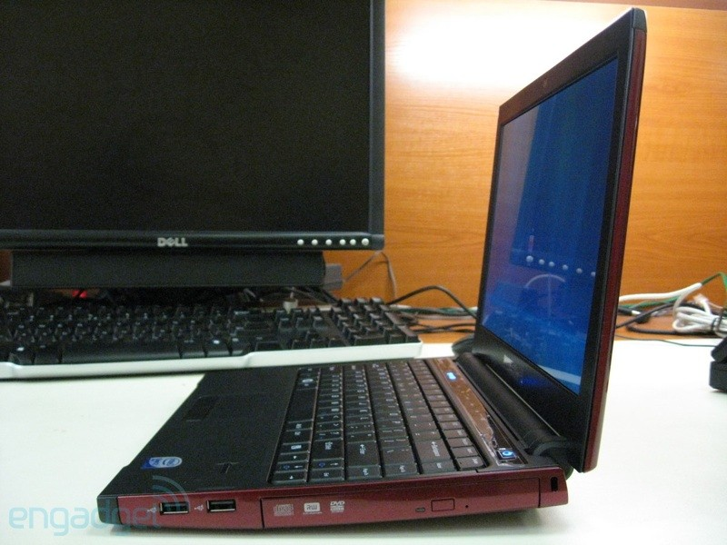 Dell Vostro 1220 budget 12-incher caught in wild
