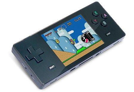 Pocket Retro Game Emulator keeps it old school