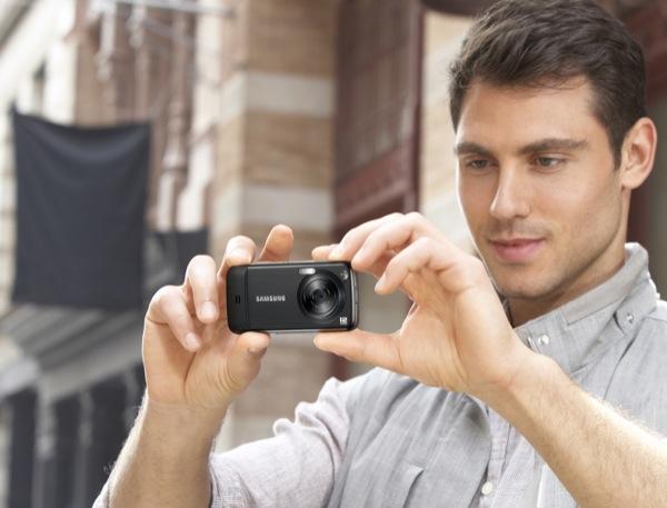 Samsung Pixon12 12MP AMOLED cameraphone announced