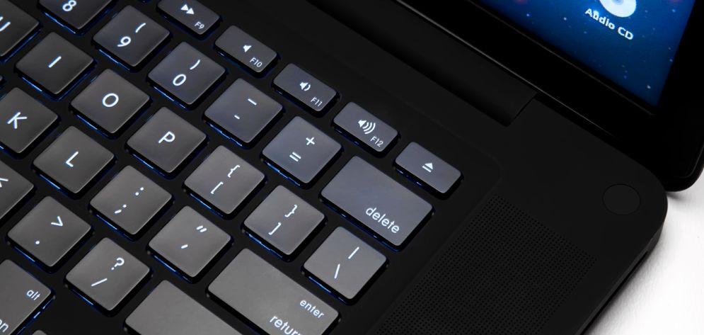 ColorWare Stealth MacBook Pro: $6k matte-black laptop