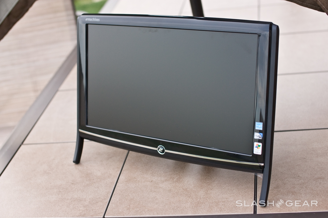 eMachines EZ1601-01 All-in-One Desktop Review