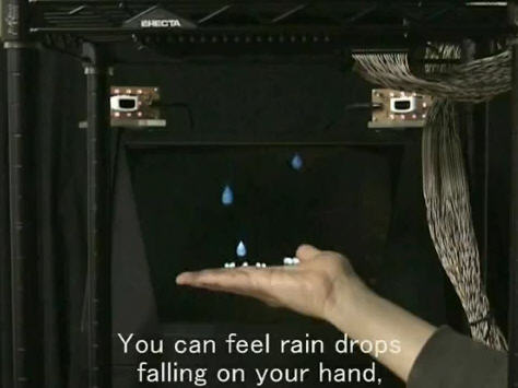 3D tactile holographic display created in Japan [Video]