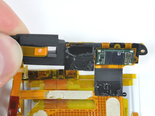 apple_ipod_touch_3g_teardown_2