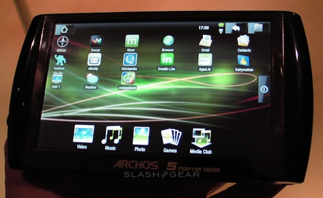 Archos 5 Android Internet Tablet hands-on [Video]