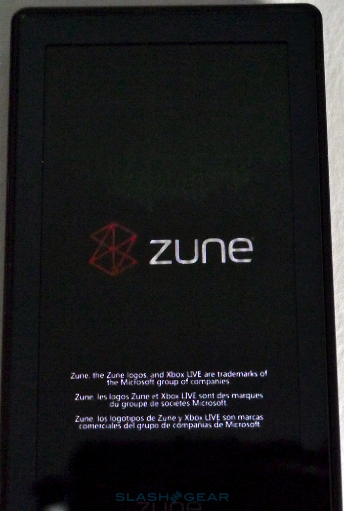 Zune HD hands-on and unboxing video