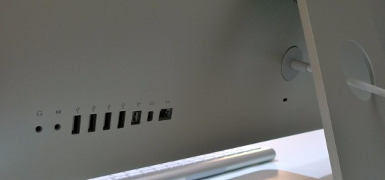 apple-imac-27-inch-ports-1