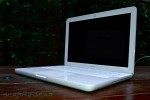 apple-macbook-white-2009-05-r3media
