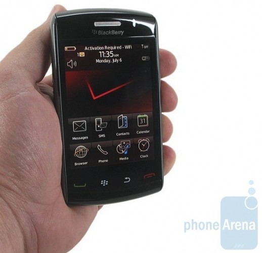 BlackBerry Storm 2 9550 gets previewed: plenty of rough edges