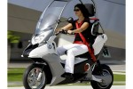 BMW C1-E electric scooter reinvents the motorcycle