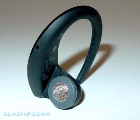 jabra-stone-slashgear-03-r3media