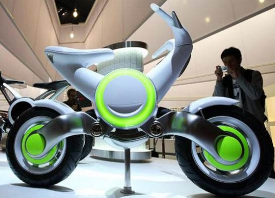 Yamaha unveils EC-f electric motorcycle