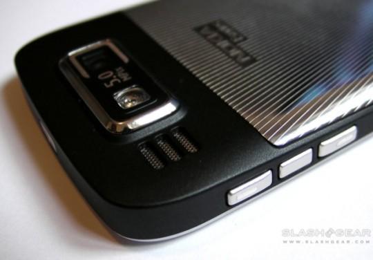Nokia_E72_SlashGear_Review_5