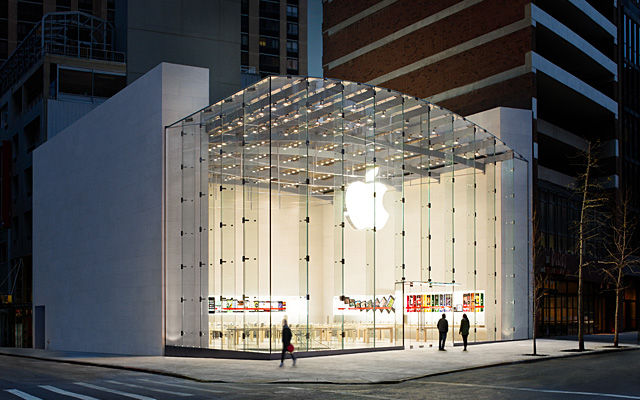 "Apple is no longer the Nordstrom of Tech, they're the ""New Nordstrom"""