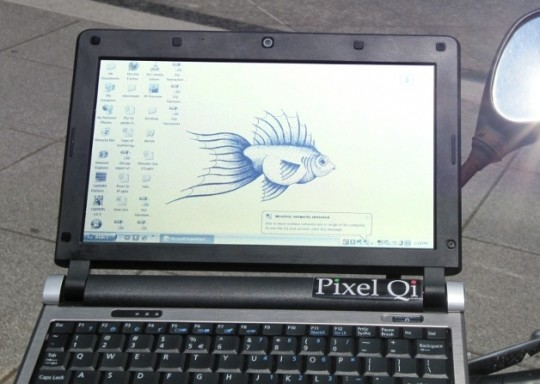 """Specialized tablets"" with multitouch first to use Pixel Qi displays"