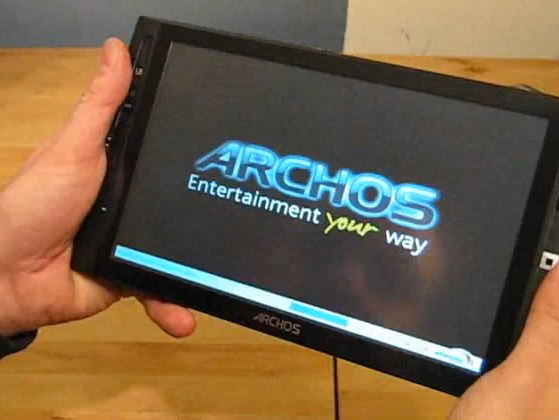 Archos 9 PC Tablet finally shipping: gets video unboxing