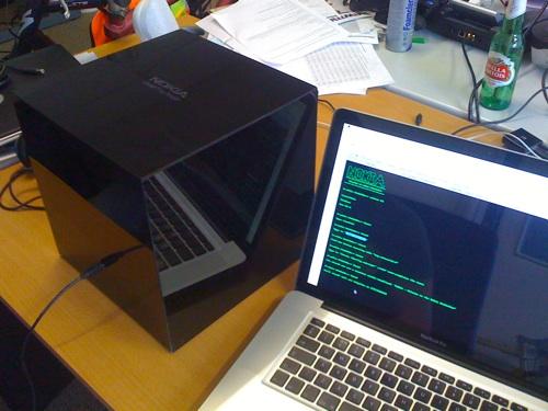 Nokia Hackerbox makes geeks work for their N900 [Video]