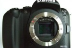 Pics of Samsung NX10 hybrid DSLR hit the web