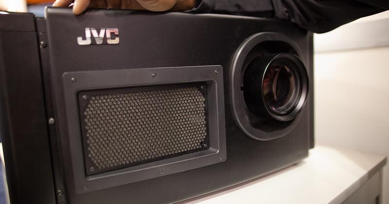 JVC 4K2K RS4000 3D test screening