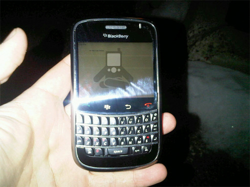 BlackBerry Magnum touchscreen/QWERTY prototype gets video demo