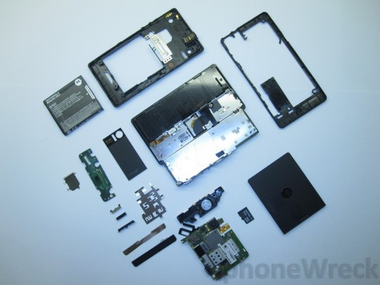 Motorola DROID costs $187.75 to make, claims iSuppli