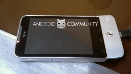 HTC Legend caught on camera again; Hero 2.1 update in March